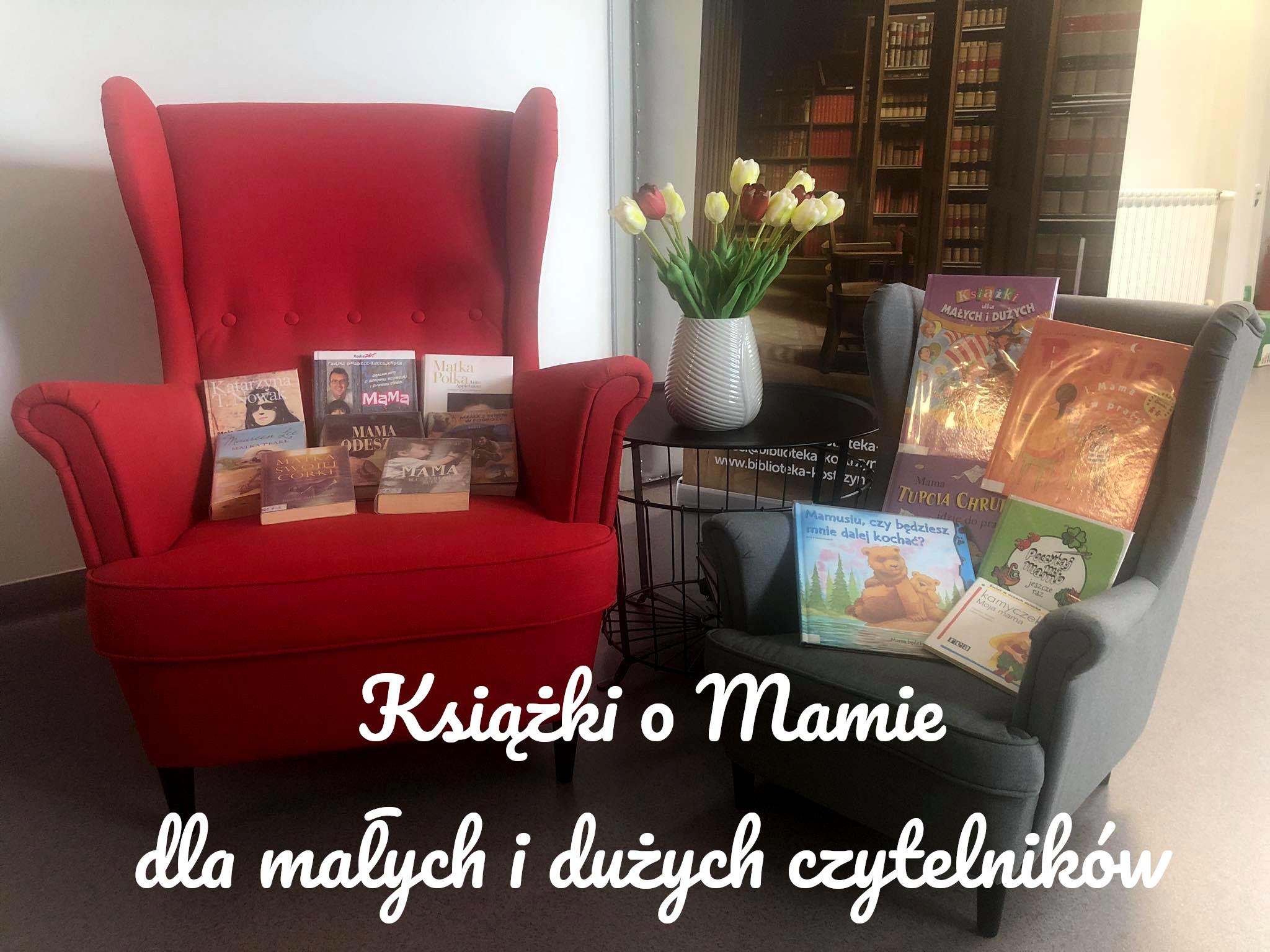 książki ze słowem mama w tytule leżą na dwóch fotelach